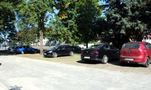 Nowy parking na ul. Starowiejskiej
